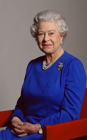 Queen elizabeth II crop