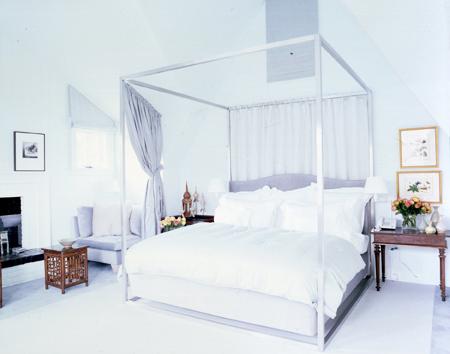 Patriotic_white_room