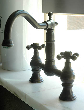 Kitchen_oil_rubbed_bronze