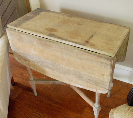Wooden_table_Brimfield_find