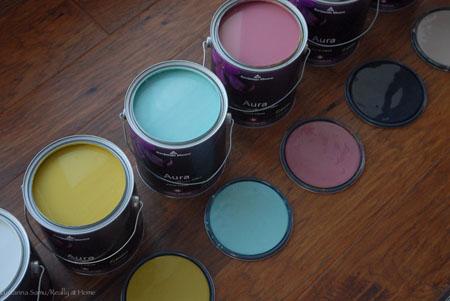 BM_Aura_paint_cans